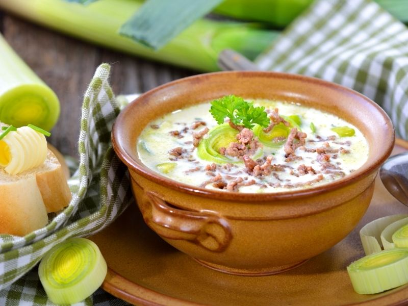 Leek-cheese-mince-soup-party