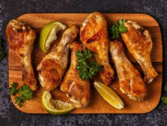 BBQ-chicken-drumsticks-board