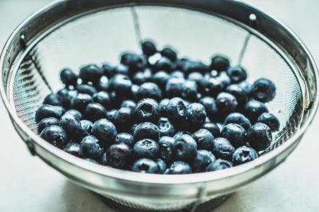 rinsed blueberries