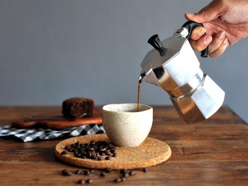 make espresso home moka pot